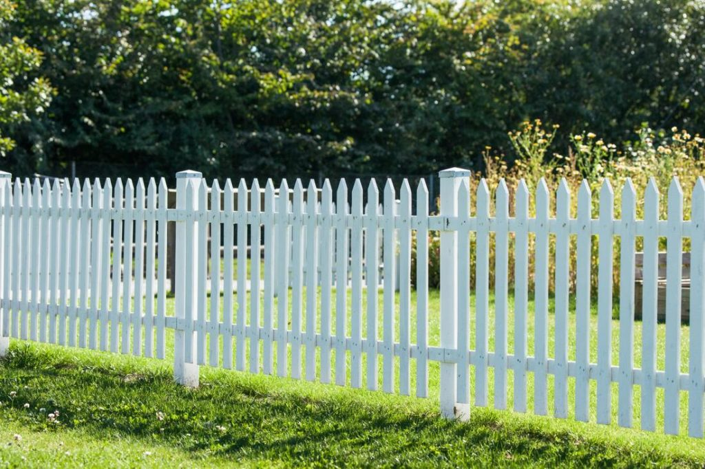 Pointed Fence Slats For A Wooden Fence Done In Delaware County Pa
